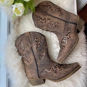 Laredo Brown Leopard Cowgirl Boots Size 3
